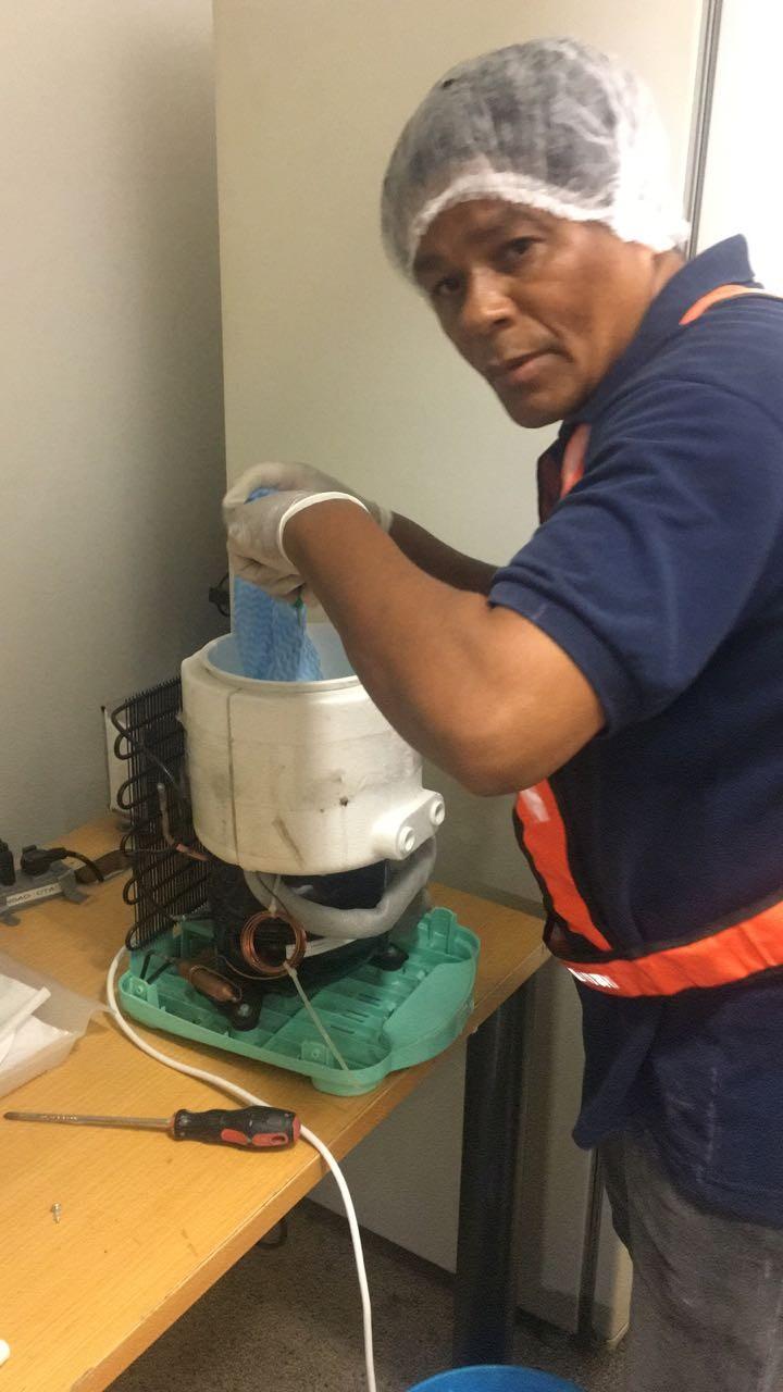 Conserto de filtro de água